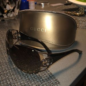 Women's Gucci sunglasses, great condition